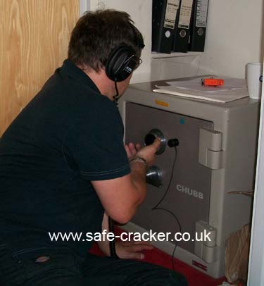 safe breaker Chubb Safe Lost Combination